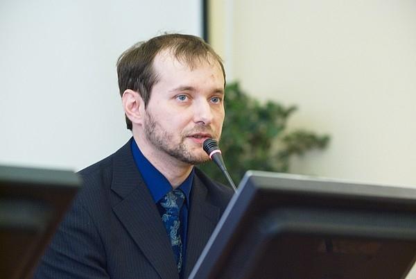 Борис Кнорре: по логике ФЭКРИС и МГУ скоро можно будет объявить «сектой»